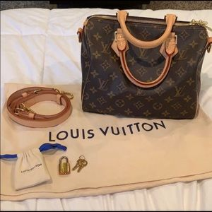 Louis Vuitton Speedy 25 Bandouliere (Monogram)